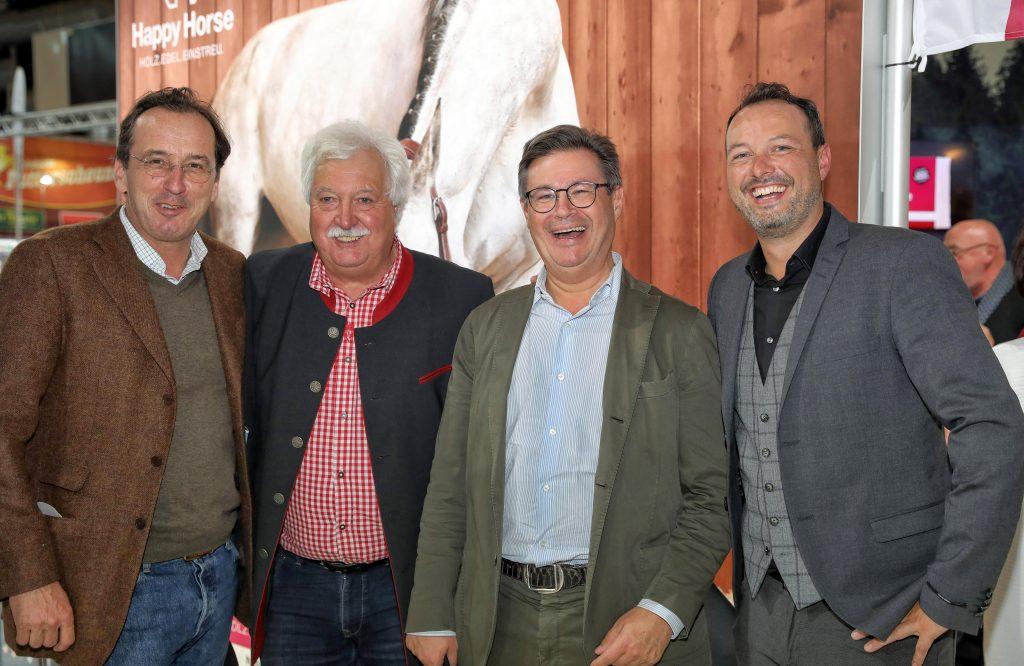 Pressefoto: Alexander Habsburg-Lothringen, Otto Hofer sen., Matthias Hatschek und Otto Hofer